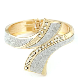 Arrowhead CZ Decorated Crossover Hinged Bracelet- $15 with Free Shipping
