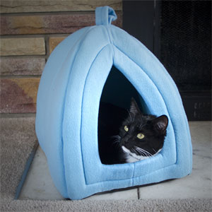 PAW Cozy Kitty Tent Igloo - Plush Enclosed Cat Bed- $15.50 with Free Shipping