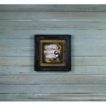 LIGHTED BURLAP AND MOSS FRAMED CANVAS WITH TIMER