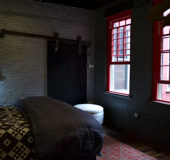 2 Night Stay - Industrial Glam Loft Living on the North Side!