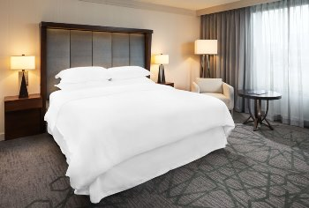 Overnight stay Sheraton Bloomington Hotel and gift voucher to Lela Restaurant
