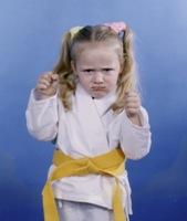 KARATE KIDS LOVE - (5) CLASSES, UNIFORM, BELT GRADUATION AND BOARD