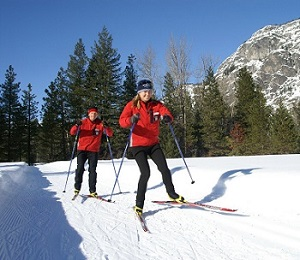 $700 in vouchers towards lodging and $100 towards the resturant - Sun Mountain Lodge