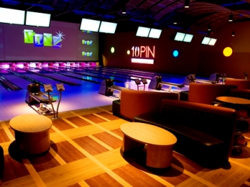 Pinz – bowling, shoes, and lazer tag for up to 5 people
