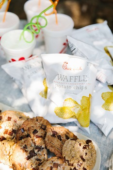 Chick-fil-A Lynnwood, Catering party for 12
