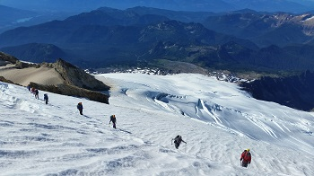 6 person Mount Baker 3.5 Day Mountaineering Expedition - Youth Dynamics